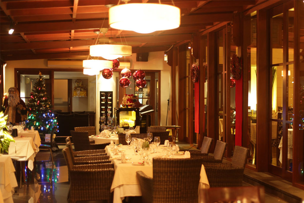 The Village - Restaurant (1)